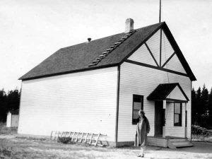 Historical photo of the Menisino Manitoba School