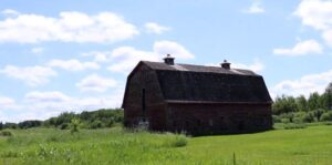 Photo of an old barn in Wampum
